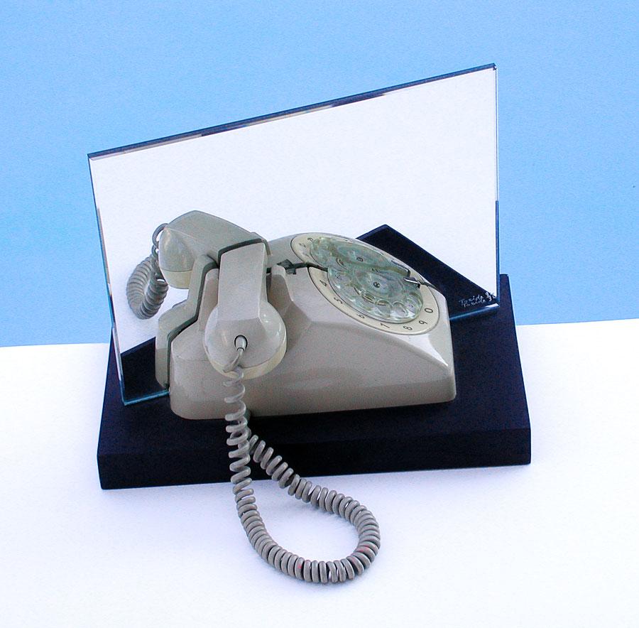 ready made, téléphone, sculpture miroir, humour